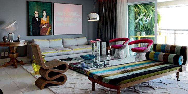Um apartamento onde os móveis assinados reinam