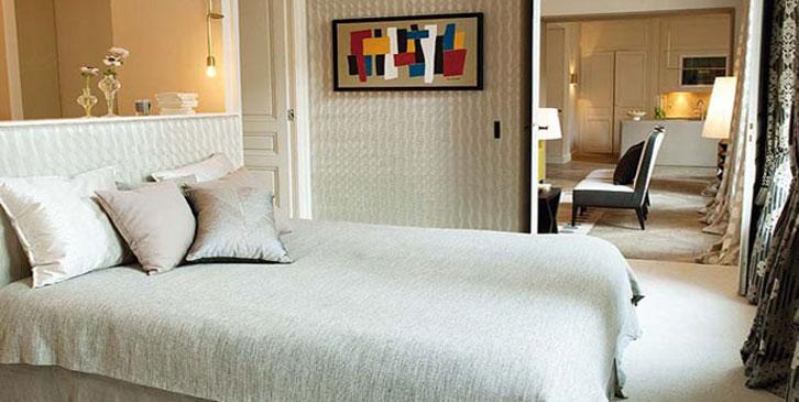 Um dos nomes mais conhecidos no mundo dos têxteis, neto de Pierre Frey, abre as portas de sua casa.